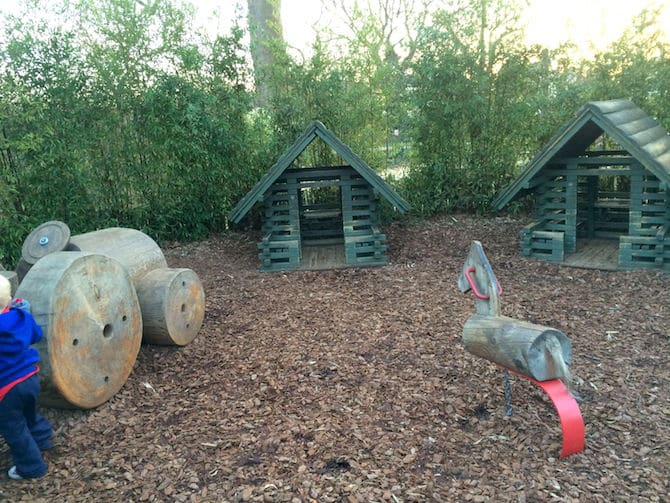 Visit ROAM THE GNOME Family Travel Website Directory for SUPER DOOPER FUN ideas for family vacations around the world. Search by city. Photo- Pirate Park Playground at Princess Diana Memorial playground Hyde Park wood houses