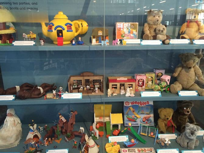 museum of childhood london review more old toys