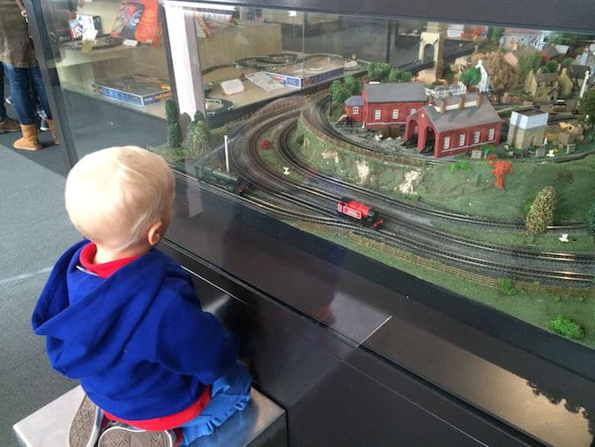 museum of childhood london review train ride