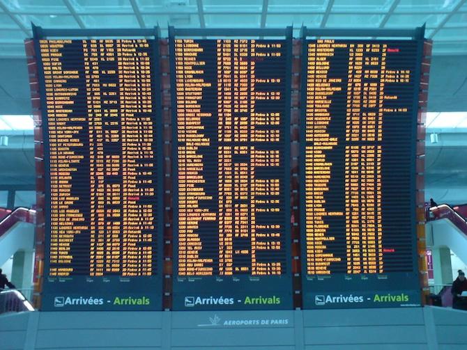 paris arrival board