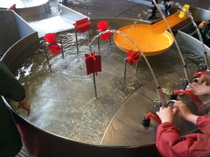 Paris with Toddlers? visit cite des enfants paris science museum.
