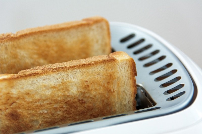 bali belly BRAT DIET - toast pic