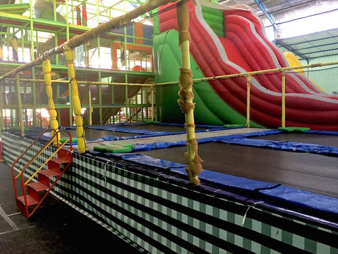 Bali fun world is a super fun indoor playground near bali zoo visit roam the gnome family travel directory for more super dooper fun ideas for family travel gumiabroncs Gallery