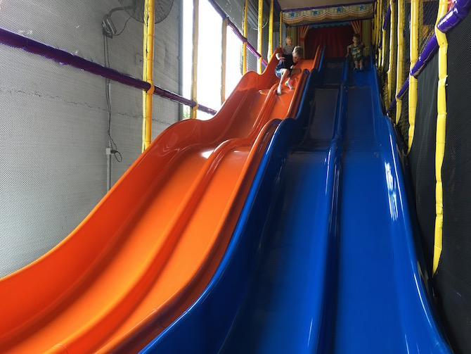 Visit ROAM THE GNOME Family Travel Directory for MORE SUPER DOOPER FUN ideas for family-friendly travel around the world. Search by City. Photo Yard Apes Indoor play centre Gold coast slides