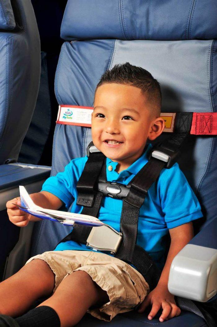 PORTABLE airplane car seat