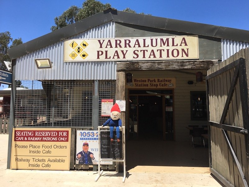 kid friendly cafe canberra - weston park cafe at yarralumla play station pic