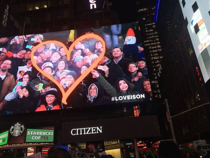 roam the gnome on live cam nyc times square