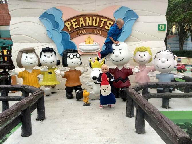 Hong Kong Travel Blog - Top Places to visit in Hong Kong with Kids - Snoopy Theme Park Sha Tin. For more SUPER DOOPER FUN ideas for family-friendly weekend adventures and travel with kids, all over the world, visit our Family Travel Directory www.roamthegnome.com. Search by city. Rated by kids and our travelling Gnome