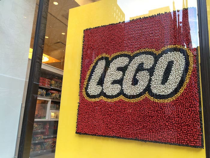 Visit ROAM THE GNOME Family Travel Website Directory for SUPER DOOPER FUN ideas for family vacations around the world. Search by city. Photo - Lego Brick Store New York sign