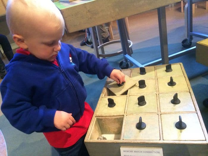 Museum of Natural History. Visit ROAM THE GNOME FAMILY TRAVEL WEBSITE. Hundreds of fun ideas & activities to help you plan & book your next family vacation or weekend adventure