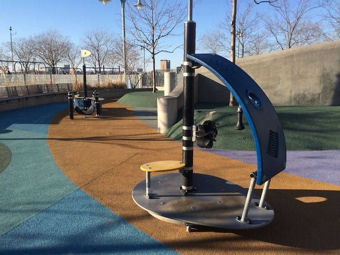 Hudson River Park New York Playground. ROAM THE GNOME Family Travel Website. Hundreds of fun ideas and activities to help you plan and book your next family vacation or weekend adventure.