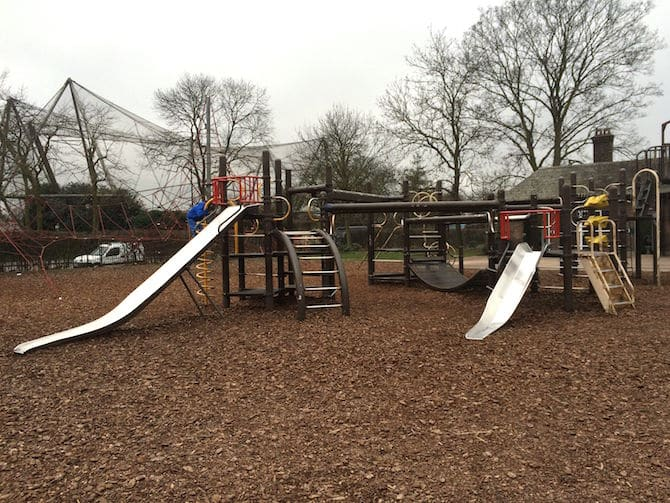 Visit Primrose Hill Playground in Regents Park. Visit ROAM THE GNOME FAMILY TRAVEL WEBSITE. Hundreds of fun ideas & activities to help you plan & book your next family vacation or weekend adventure