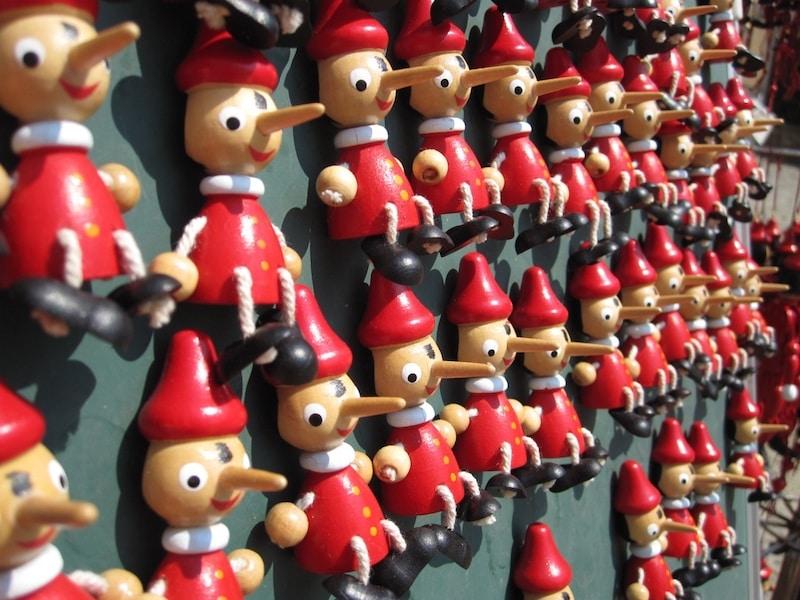 pinocchio dolls shop in rome
