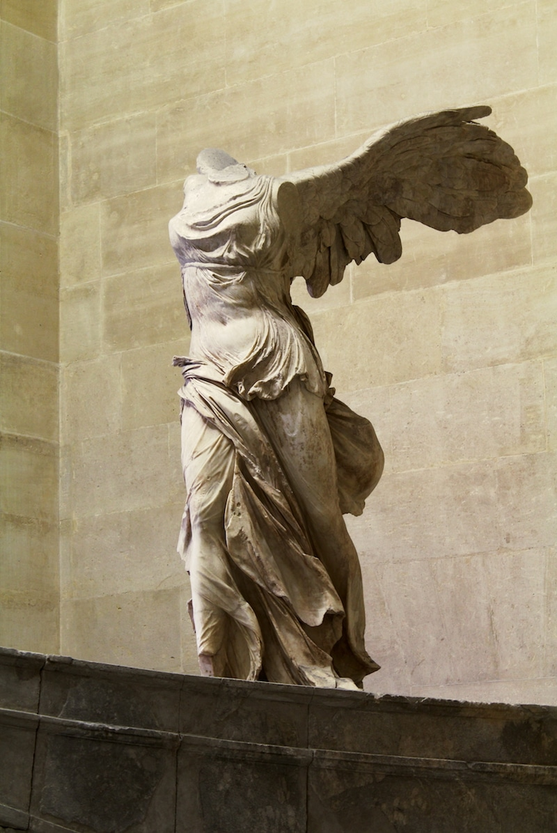 Winged_Victory_of_Samothrace pic