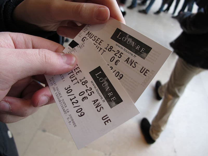 free tickets to the louvre