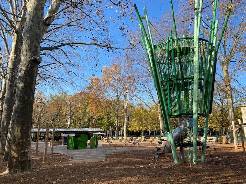 jardin du luxembourg playground overview