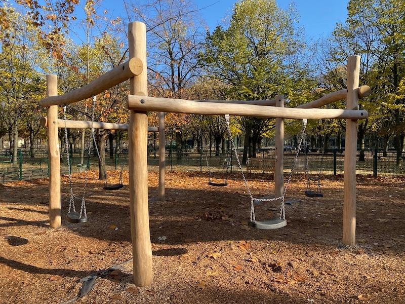 jardin du luxembourg playground swings pic