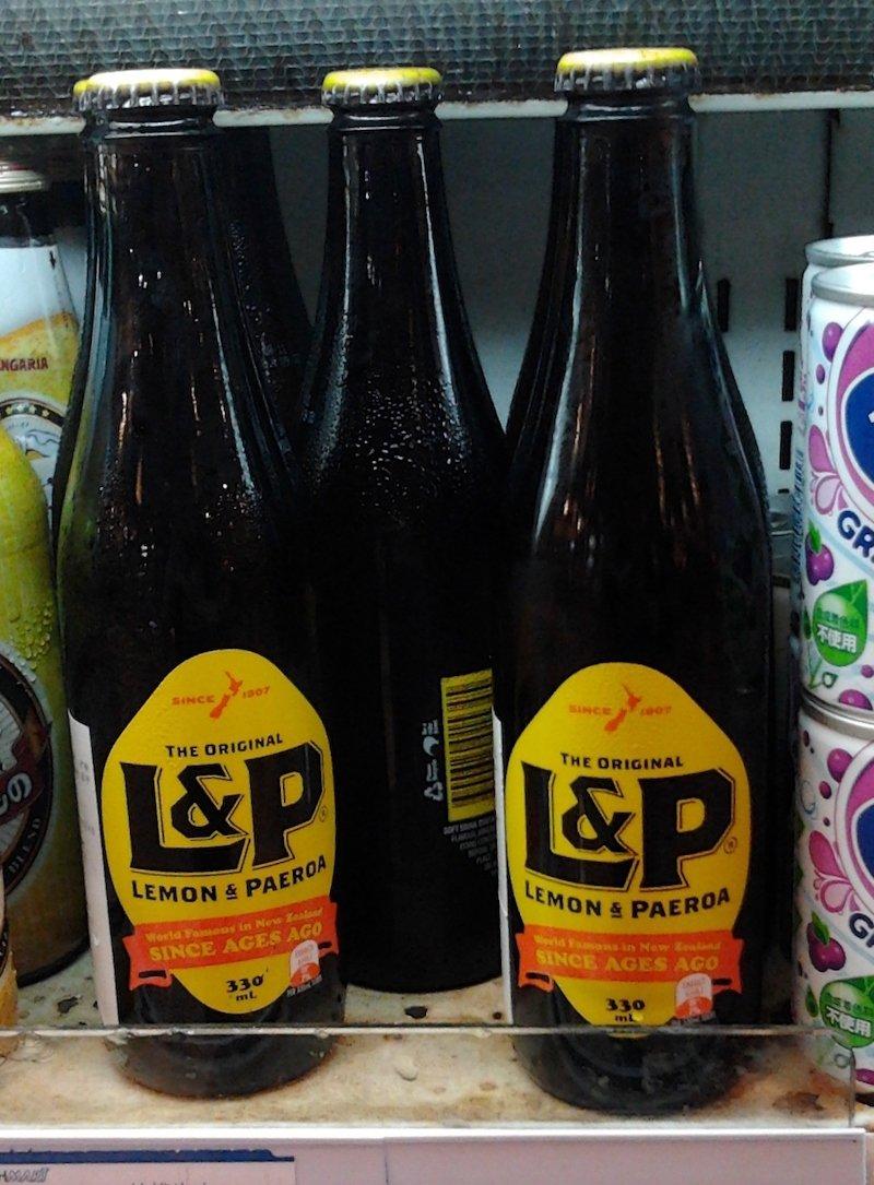 new zealand snacks and drinks - Lemon_and_Paeroa
