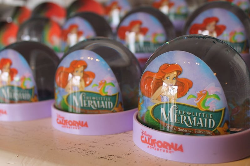 best disney gifts- little mermaid snow globes pic