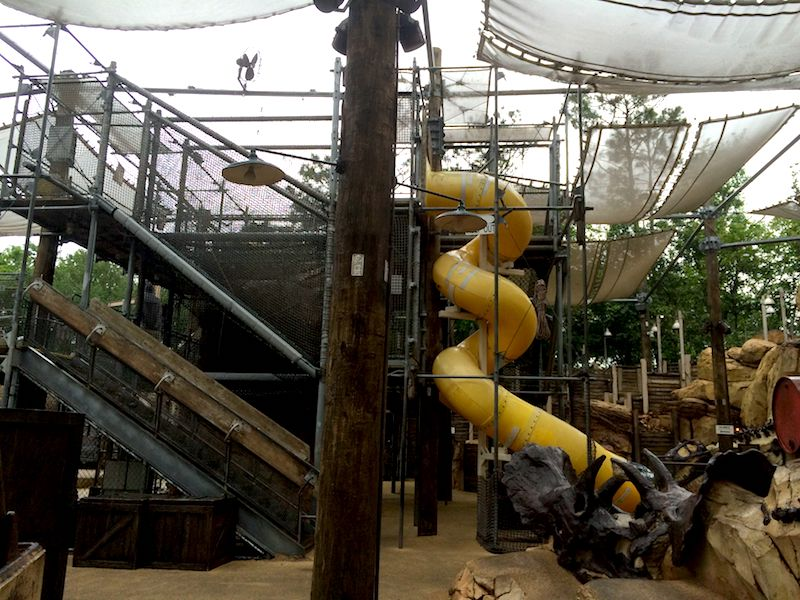 disney world playgrounds - the boneyard playground 800