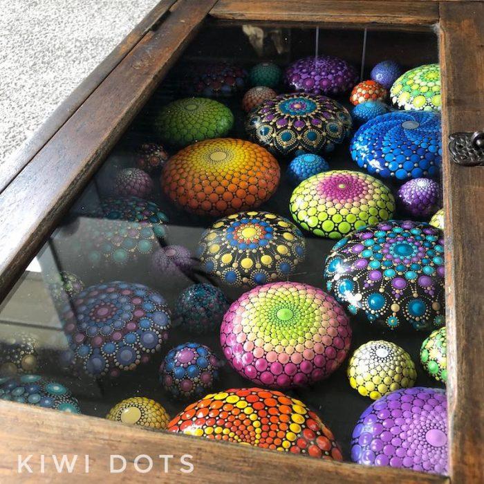 crafternoon tea markets- kiwi dots