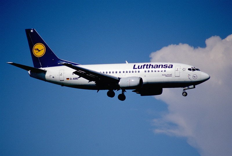 lufthansa airplane by aero icarus