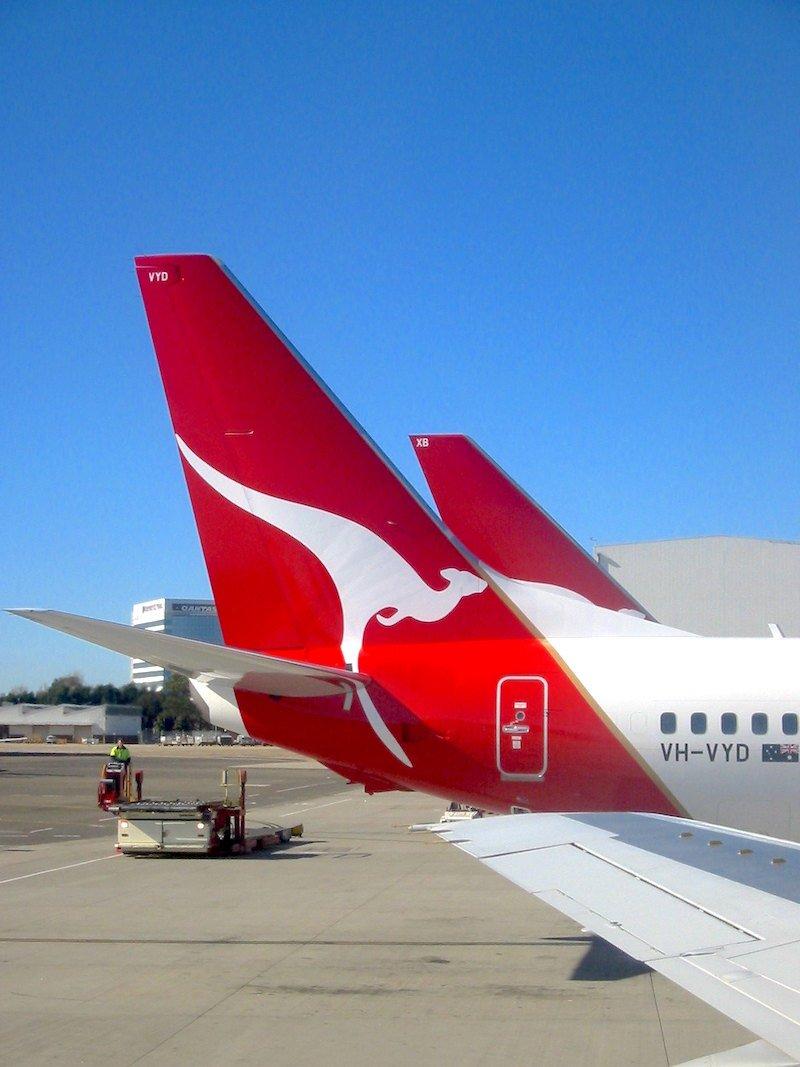 qantas plane by ed g