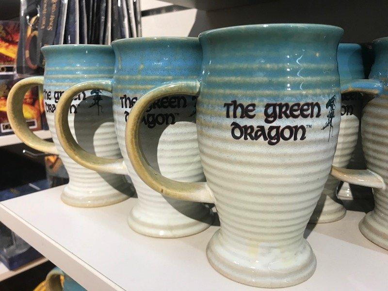 hobbiton gift shop green dragon inn mugs pic