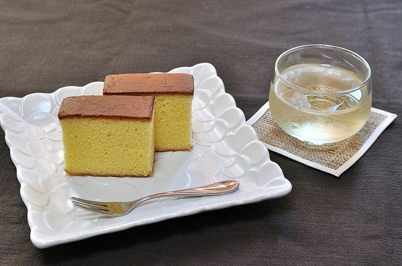 Castella cake japanese snacks wikimedia
