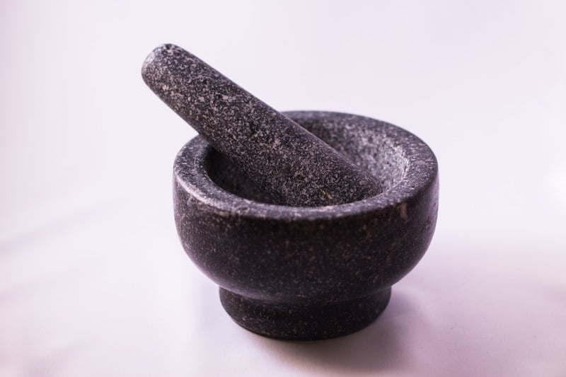 shopping in Bali for mortar and pestle pic