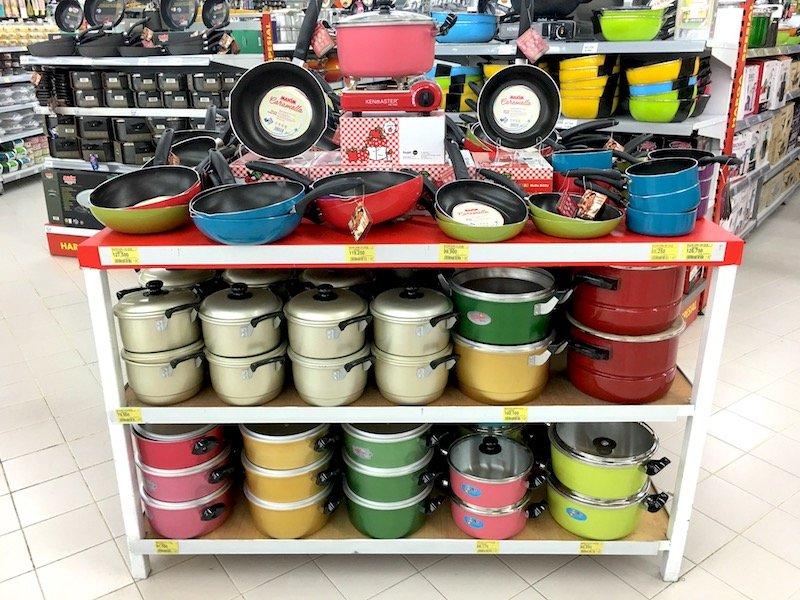 carrefour Bali Supermarket pots and pans pic
