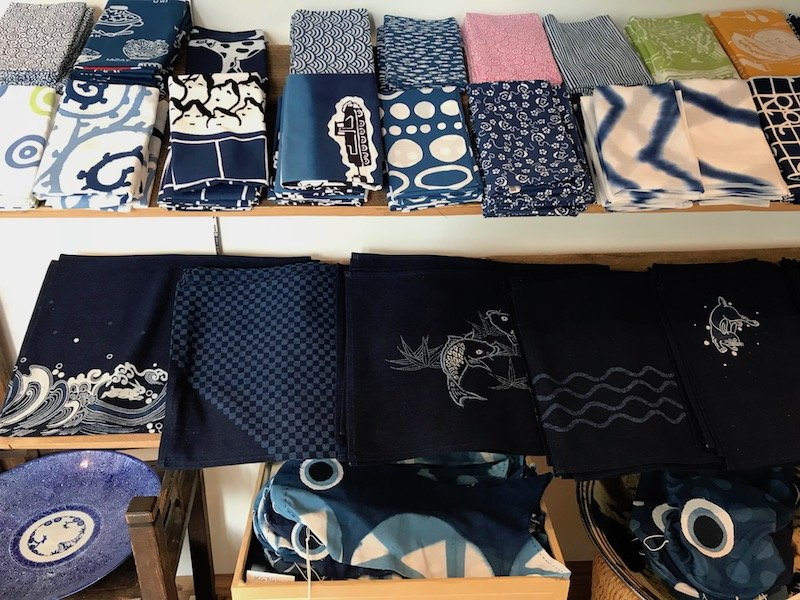 japanese indigo fabric shop pic