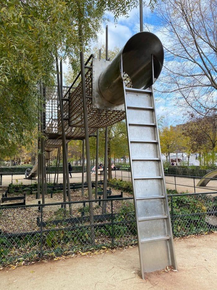 jardin des tuileries paris playground - aire de deux - no.4 of the BEST PLAYGROUNDS in PARIS