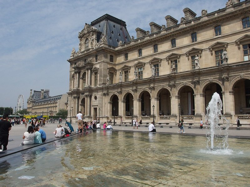 louvre museum square by guilhem vellut