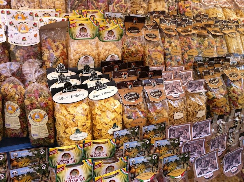 Eataly rome pasta packets pic