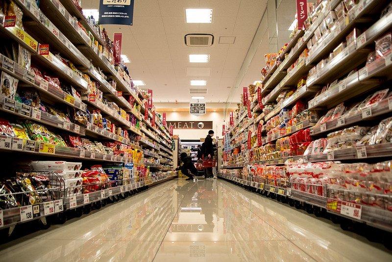tokyo supermarkets aisle by sean gregor flickr