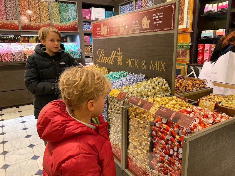 harrods food hall lindt pick n mix