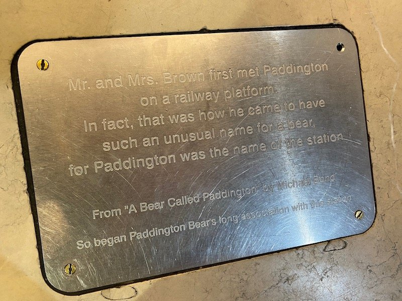 paddington statue inscription pic at paddington station london pic