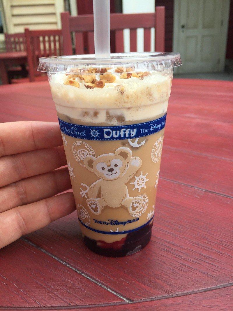 duffy drink at tokyo disneysea pic by joel