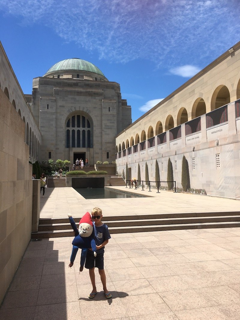 canberra war memorial australia last post pic