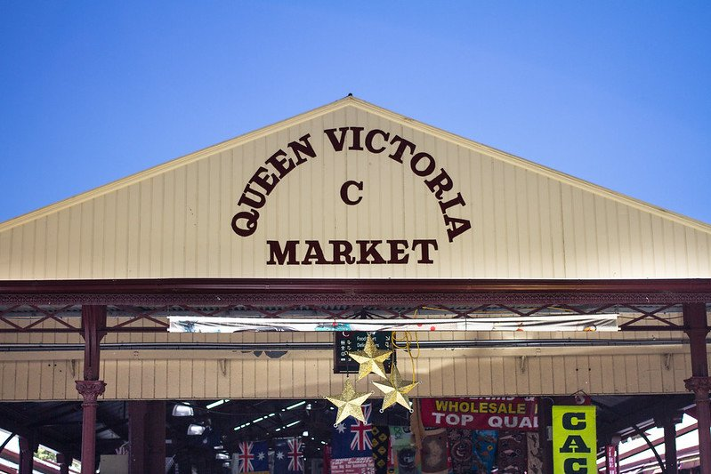 queen victoria market in melbourne by filipe castilhos