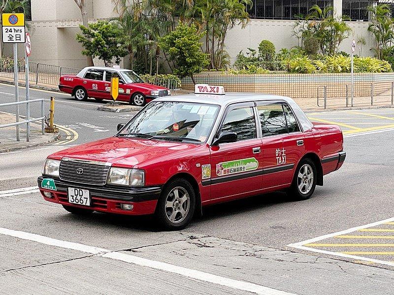 red taxi hong kong pic